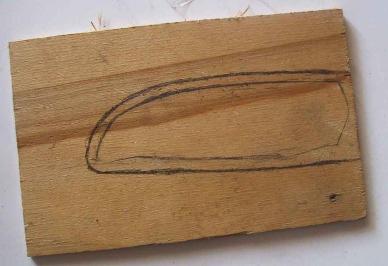 Кусок фанеры с разметкой под ножны