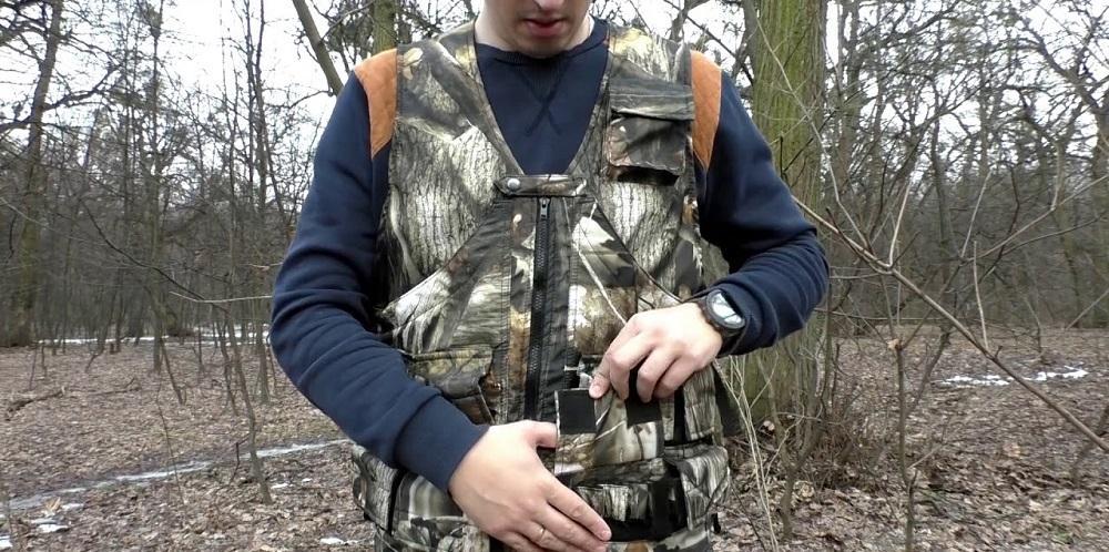 Жилет охотника с патронташем