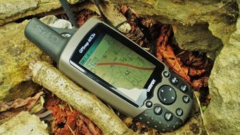 Как выбрать навигатор для охоты и рыбалки