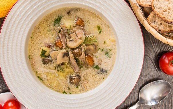Утиный суп с грибами