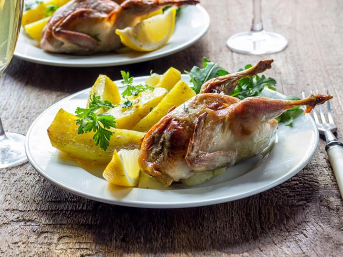 Голубиное мясо с картофелем